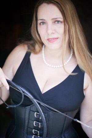 Connecticut Mistress - Mz Suzanne SxySadist